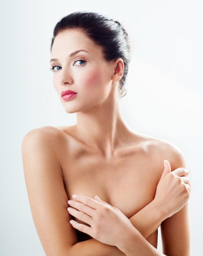 Göğüs Sarkmalarına Kesin Çözüm: Meme Dikleştirme